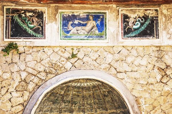 nymphaeum-Herculaneum-2