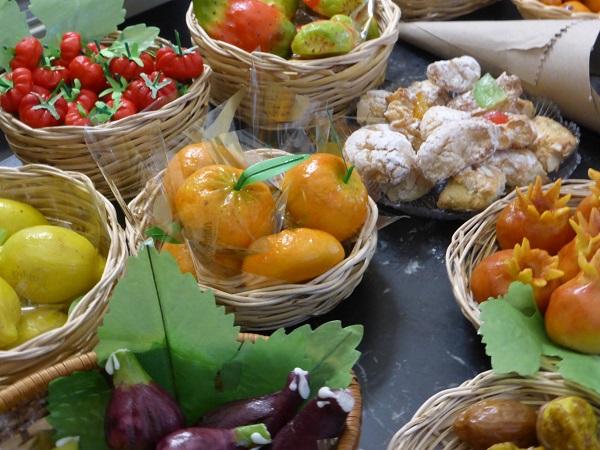 pasticceria-D'Ambra-Lipari-frutta-martorana (11)