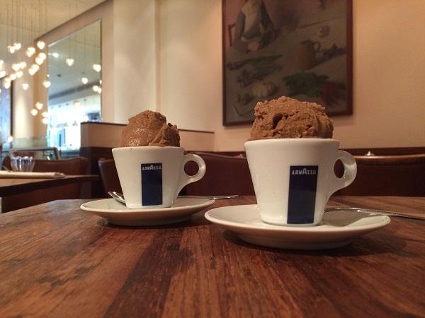 restaurant-Bocca-di-Lupo-Londen (8)