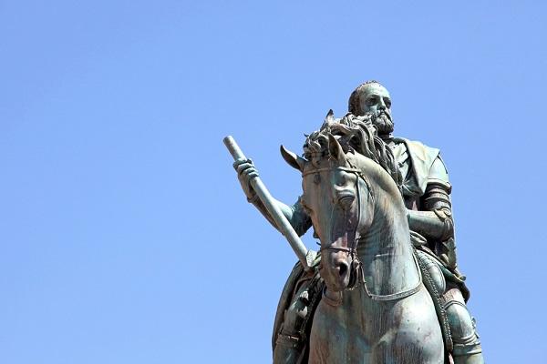 ruiterstandbeeld-Cosimo-Piazza-della-Signoria-Florence-Giambologna (1)