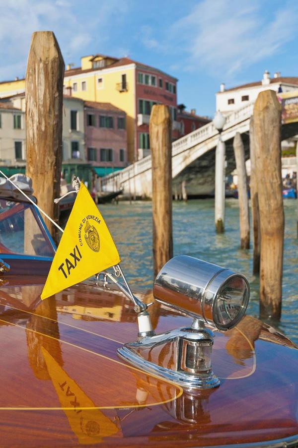 taxi-boot-Venetië