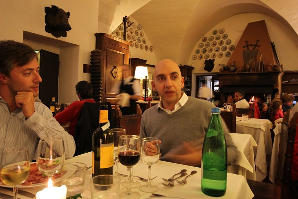 Snuffelen naar het witte en zwarte goud van umbri ciao tutti ontdekkingsblog door itali - Witte salontafel thuisbasis van de wereldberoemde ...