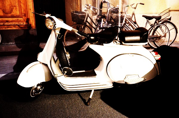 vespa-70-years-Autoworld-Brussel (4)