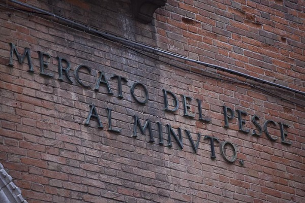 vis-markt-Pescheria-Venetië (2)