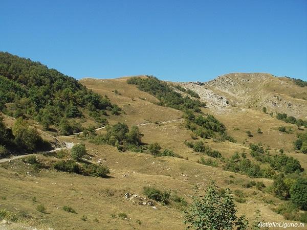 wandelen-fietsen-Monte-Monega-Ligurië